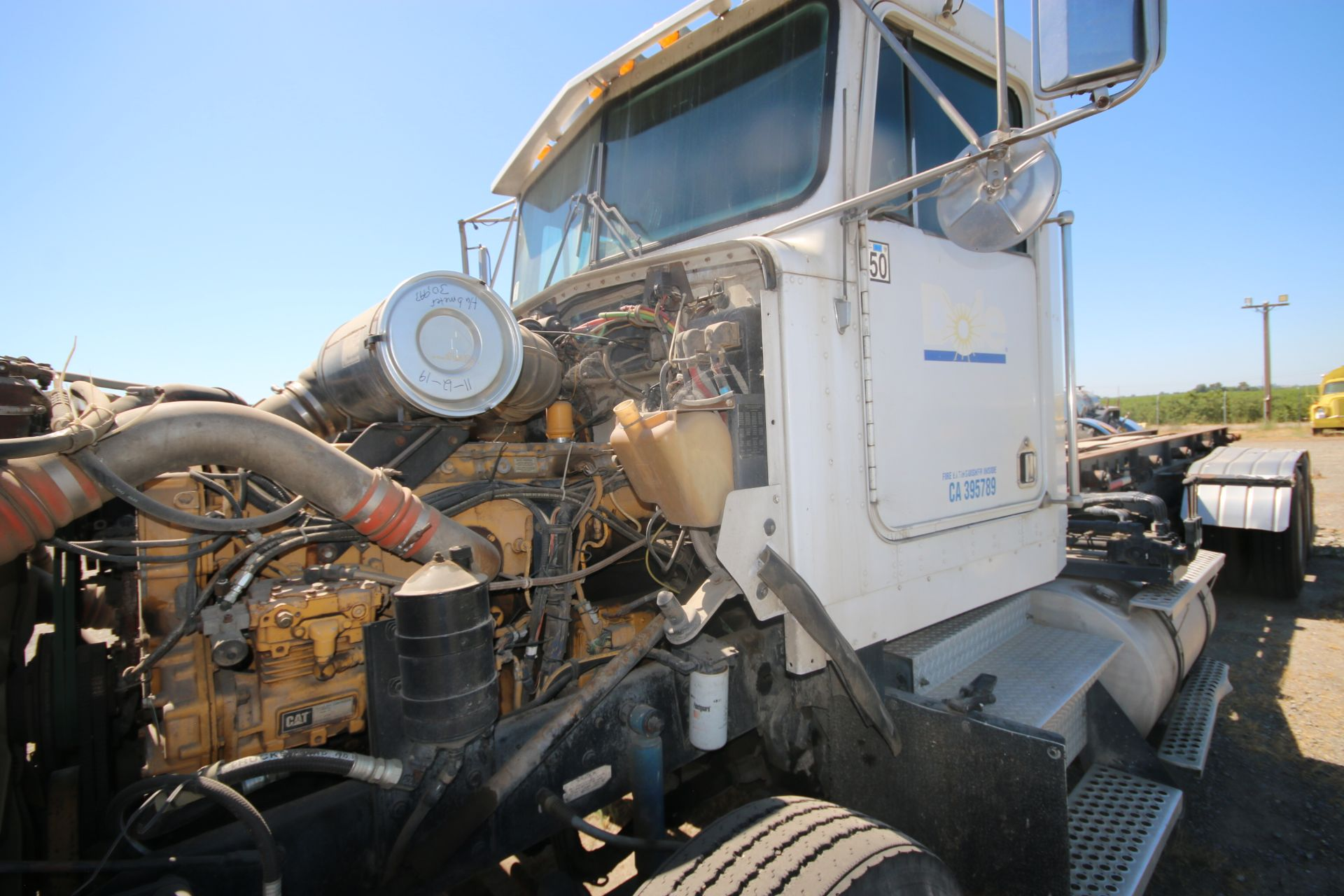 1996 Kenworth 3-Axle Roll-Off Straight Truck, VIN #: 1XKDDB9XOTS687107, with 24,722 Miles, License - Image 21 of 30