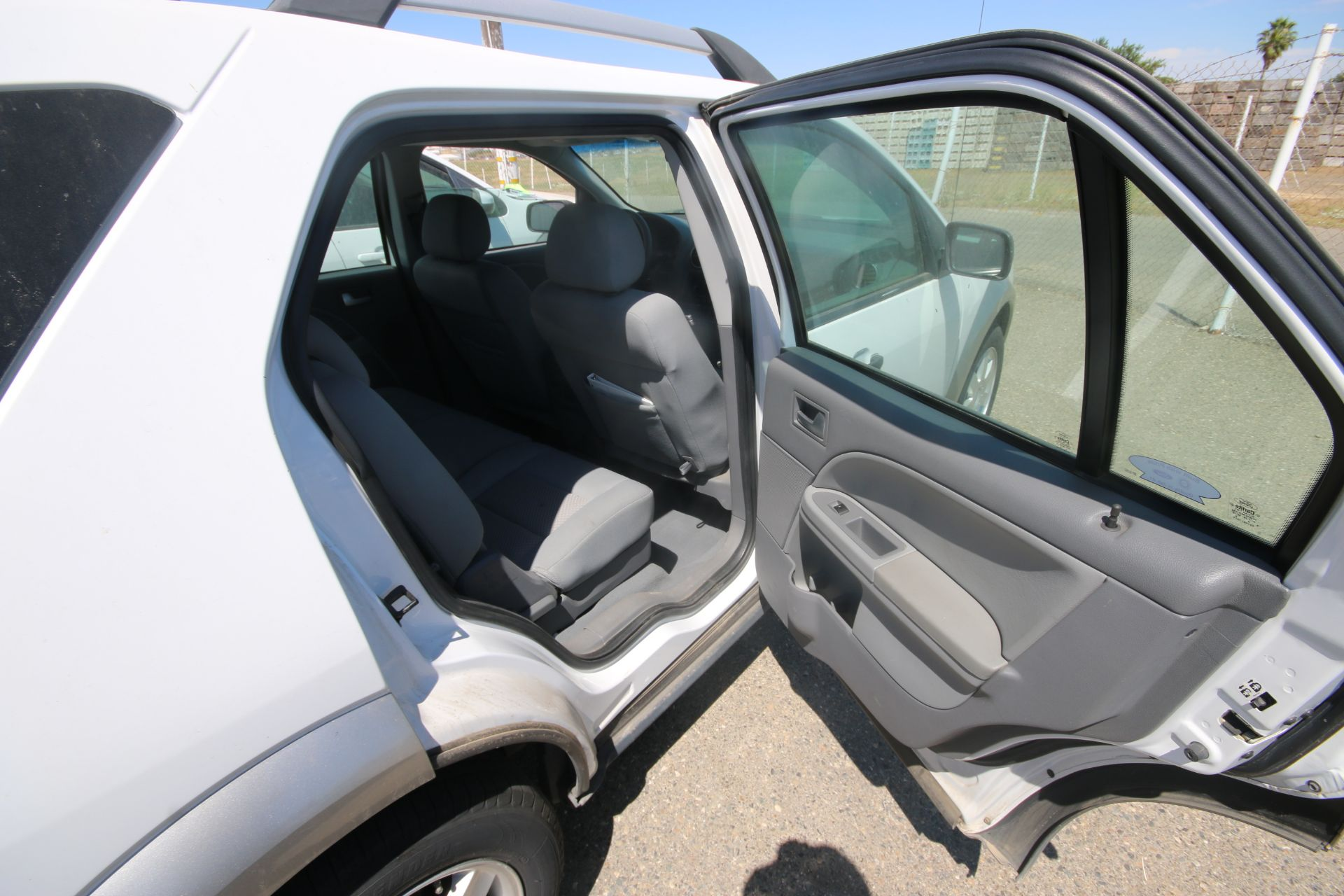 2006 Ford Freestyle, VIN #: 1FMDKO11X6GA41766, with 108,982 Miles, License Plate #: 5NGZ608, Started - Image 8 of 22