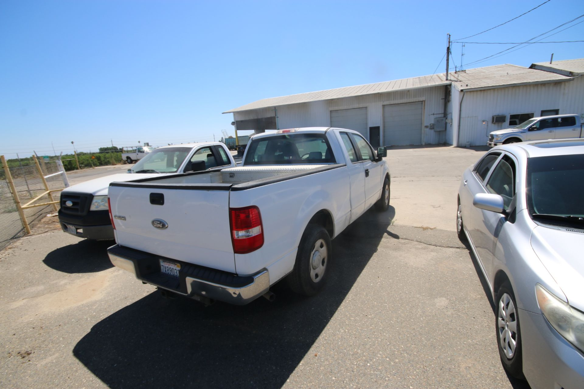 2006 Ford F150 S/C Pick Up Truck, VIN #: 1FTRX12W46FA38458, with 233,106 Miles, Started Up as of - Image 3 of 21