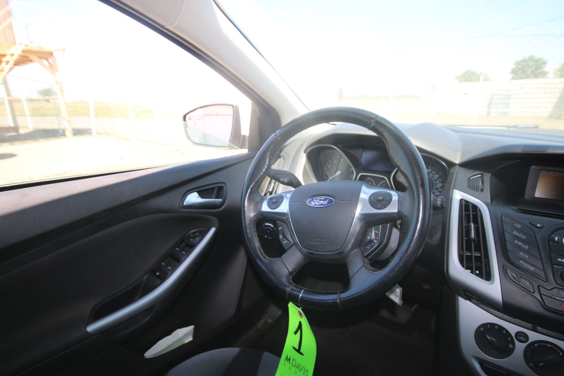 2012 White Ford Focus SE Hatchback 4D, VIN #: 1FAHP3K27CL423326, with 116,017 Miles, with 4-Doors, - Image 11 of 26