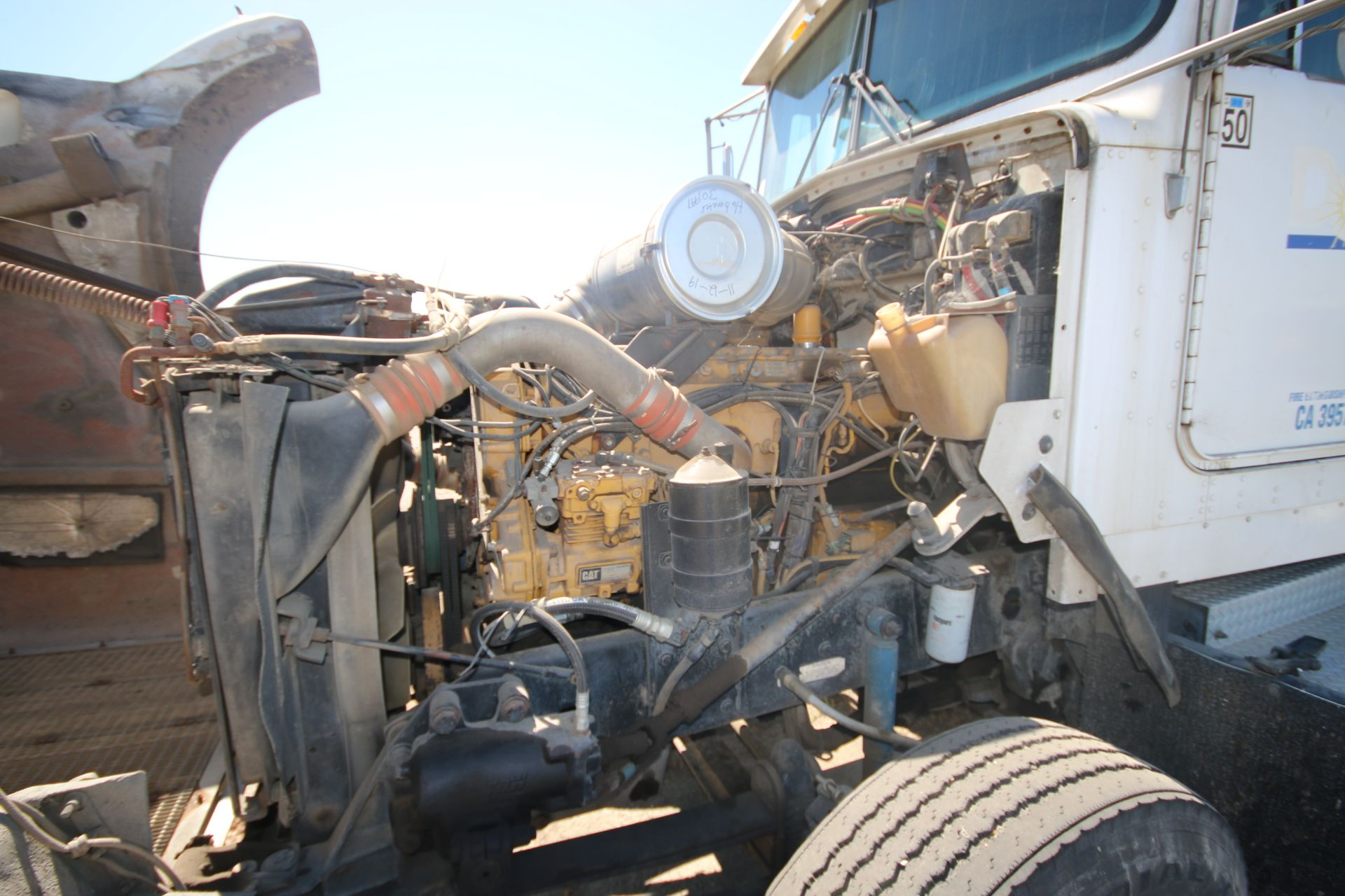 1996 Kenworth 3-Axle Roll-Off Straight Truck, VIN #: 1XKDDB9XOTS687107, with 24,722 Miles, License - Image 20 of 30