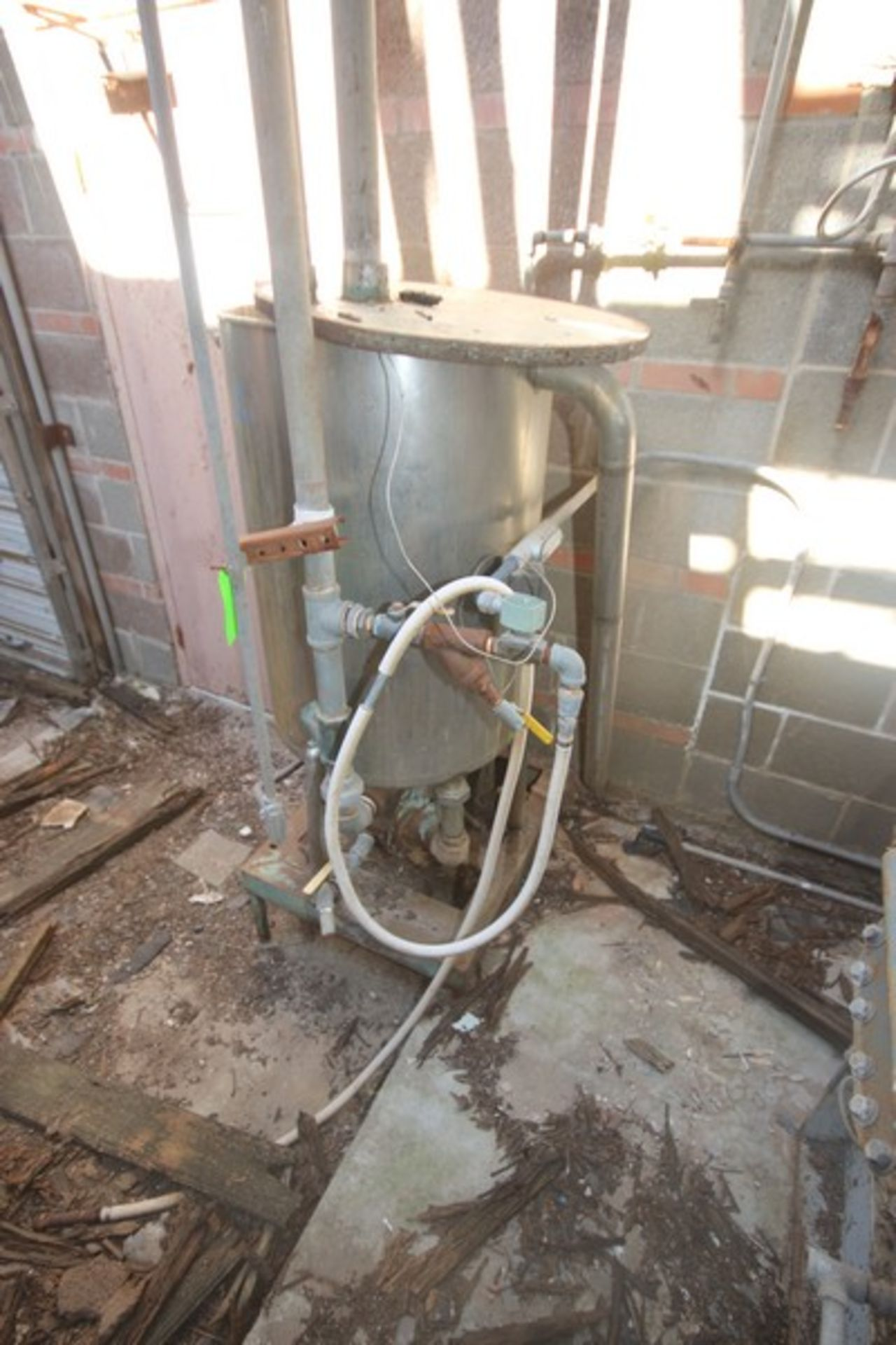 """Aprox. 85 Gal. S/S Tank, Tank Dims.: Aprox. 24"""" Diameter x 33"""" Straight Side (LOCATED IN Muenster, - Image 4 of 4"""