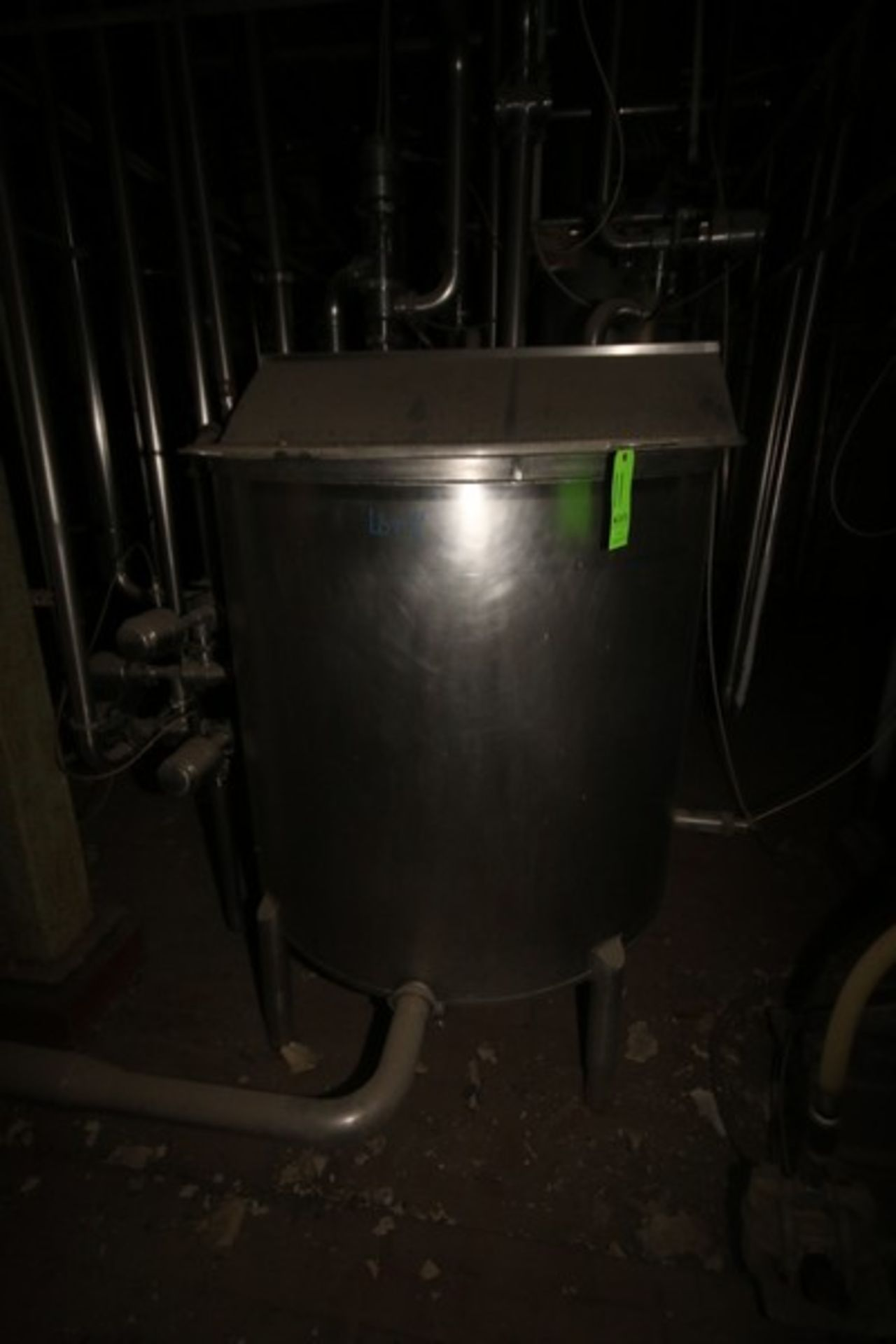 """Aprox. 300 Gal. S/S Tank, Tank Dims.: Aprox. 48"""" Dia. x 42"""" H Straight Side (LOCATED IN Muenster, TX"""