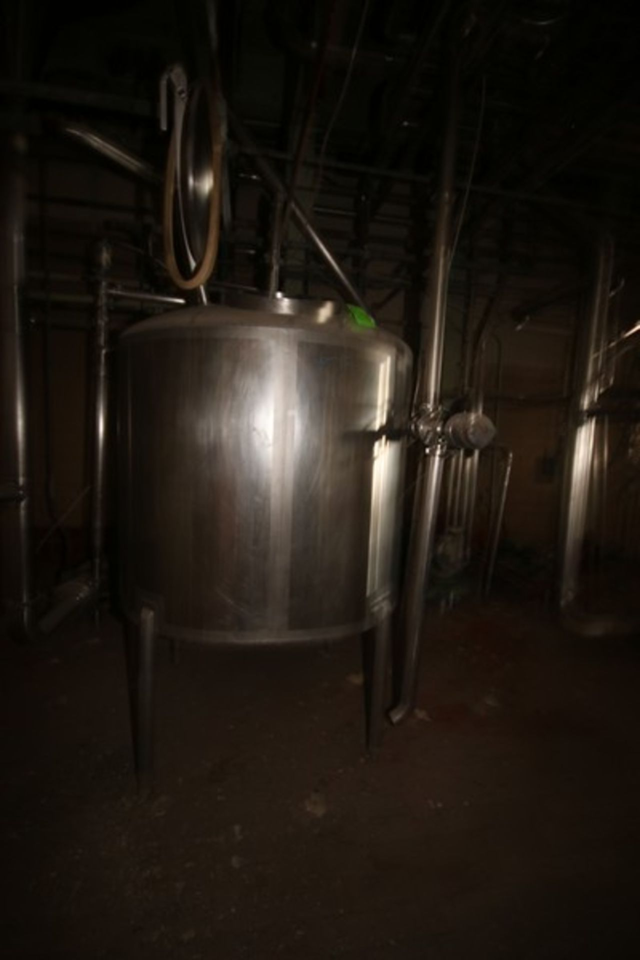 "Aprox. 450 Gal. S/S Tank, Approximately 450 Gallon, Tank Dims.: Aprox. 56"" Dia. x 44"" H Straight"