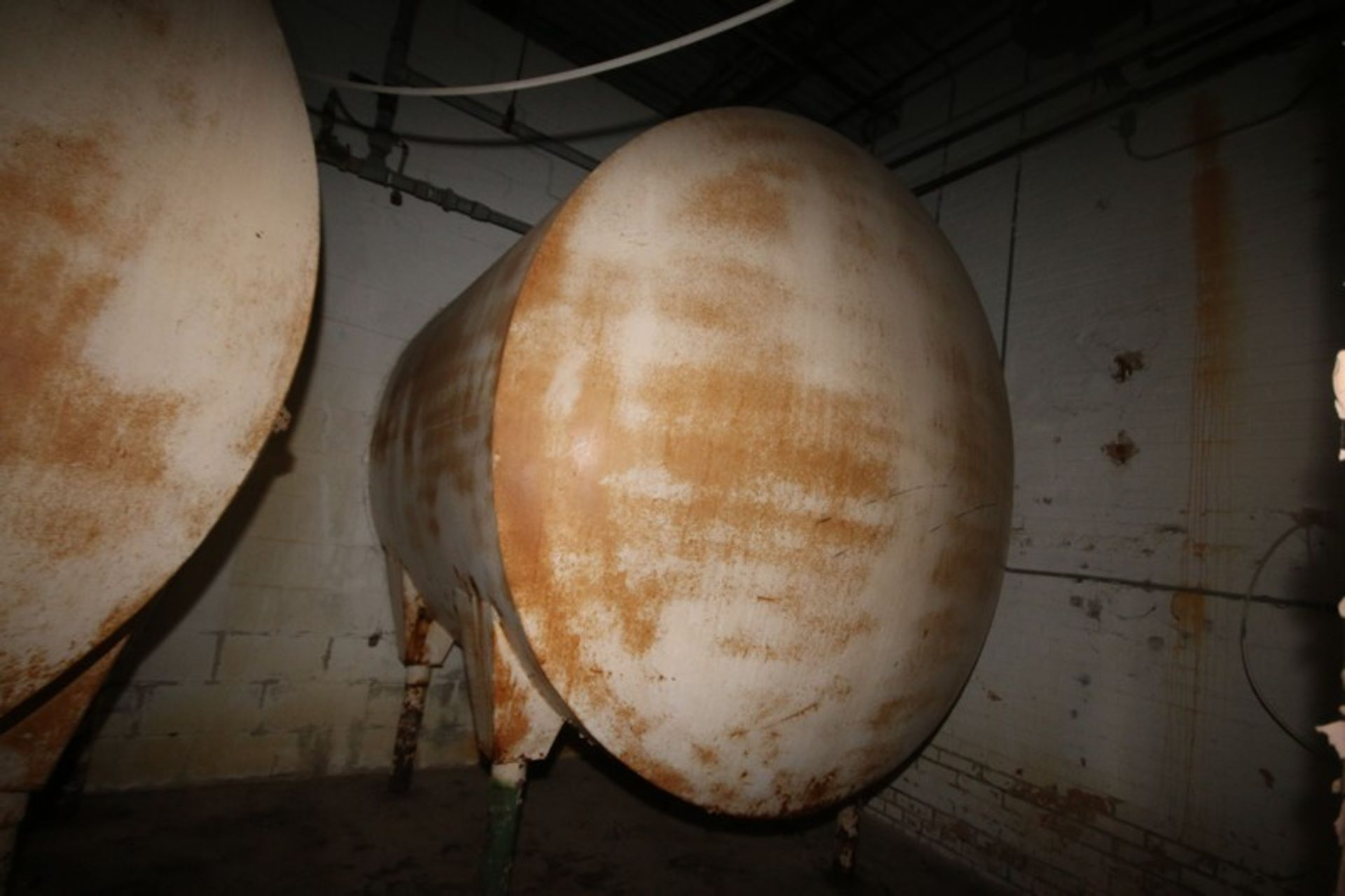 """Aprox. 1,750 Gal S/S Horizontal Tank, with Carbon Steel Sheathing, Dish Heads, Tank Dims.: Aprox 84"""" - Image 5 of 6"""