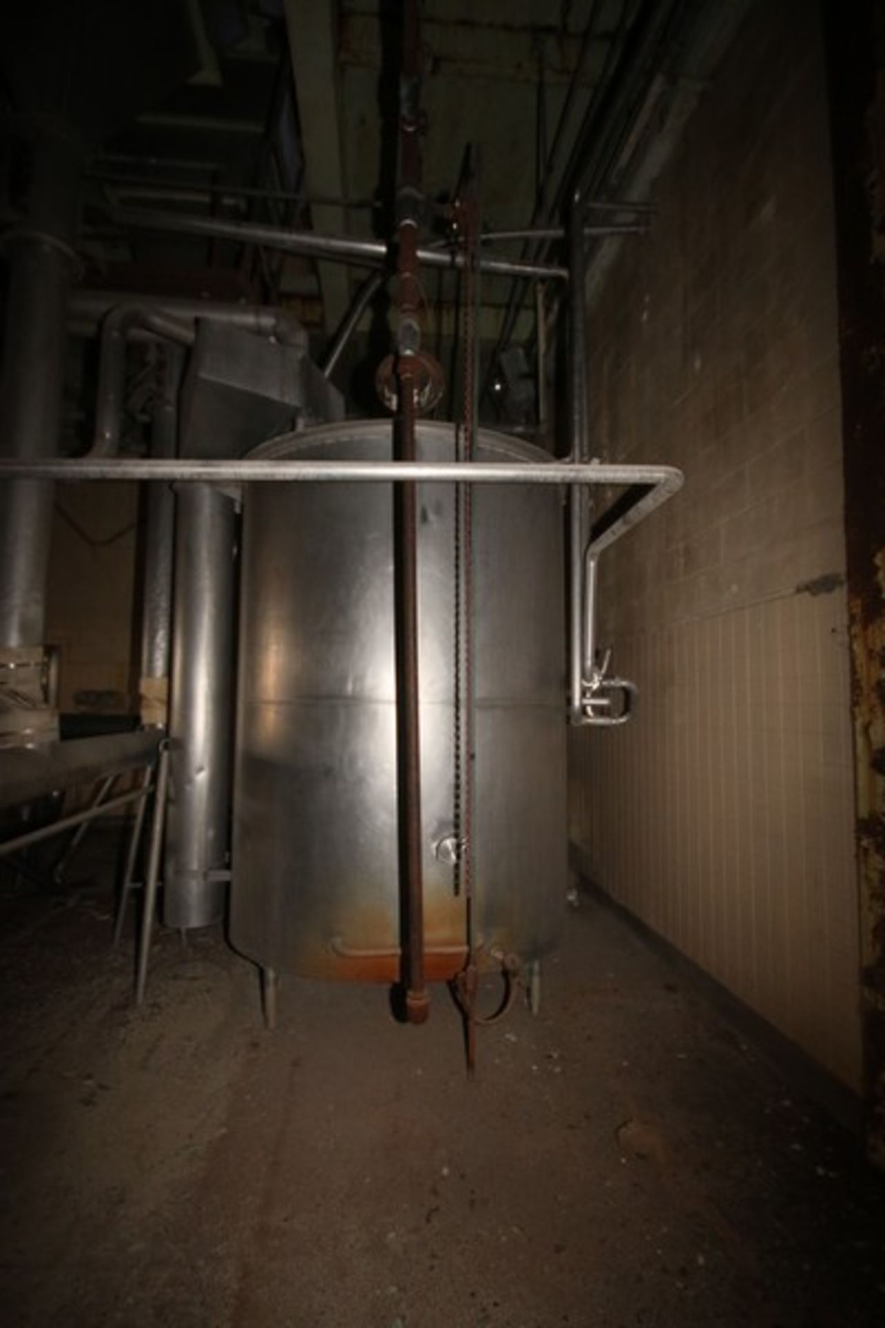 "Aprox. 1,500 Gal. S/S Single Wall Storage Tank, Tank Dims.: Aprox. 72"" Diameter x 92"" Straight Side, - Image 6 of 7"