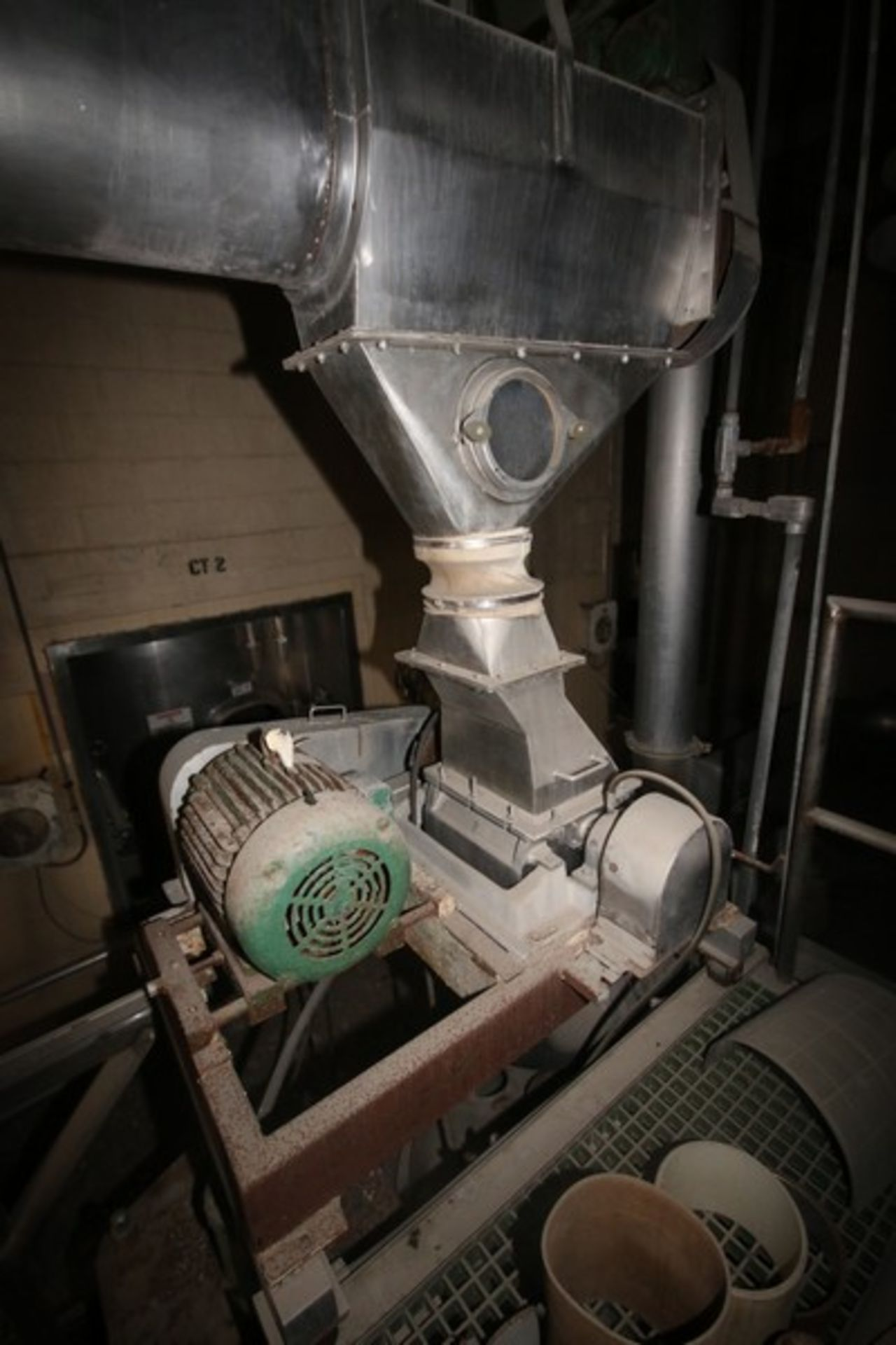"""Fitzpatrick Fitzmill, M/N DASO12, with Aprox. 36"""" Pedestal Sifter & Rotary Airlock Valve (LOCATED IN - Image 2 of 10"""