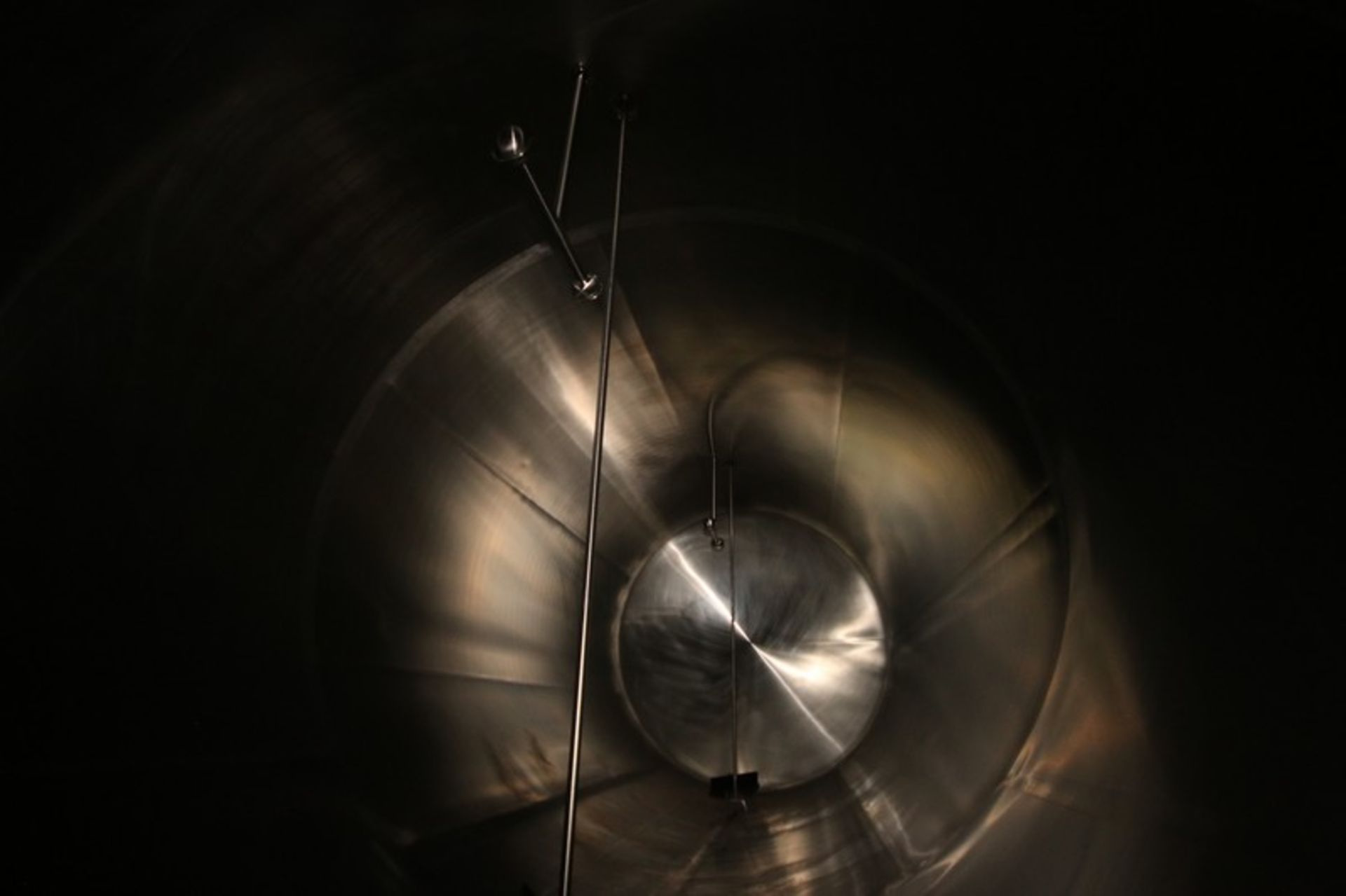"Walker Aprox. 9,500 Gal. S/S Horizontal Tank, S/N 1520, Tank Dims.: Aprox. 108"" Diameter x 20' Long, - Image 4 of 7"