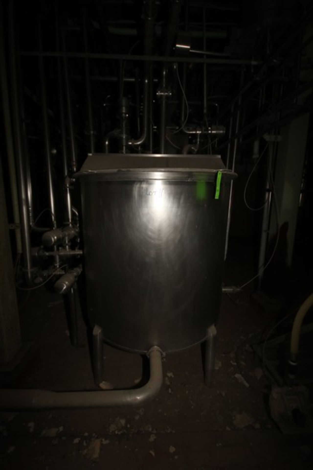 """Aprox. 300 Gal. S/S Tank, Tank Dims.: Aprox. 48"""" Dia. x 42"""" H Straight Side (LOCATED IN Muenster, TX - Image 5 of 7"""