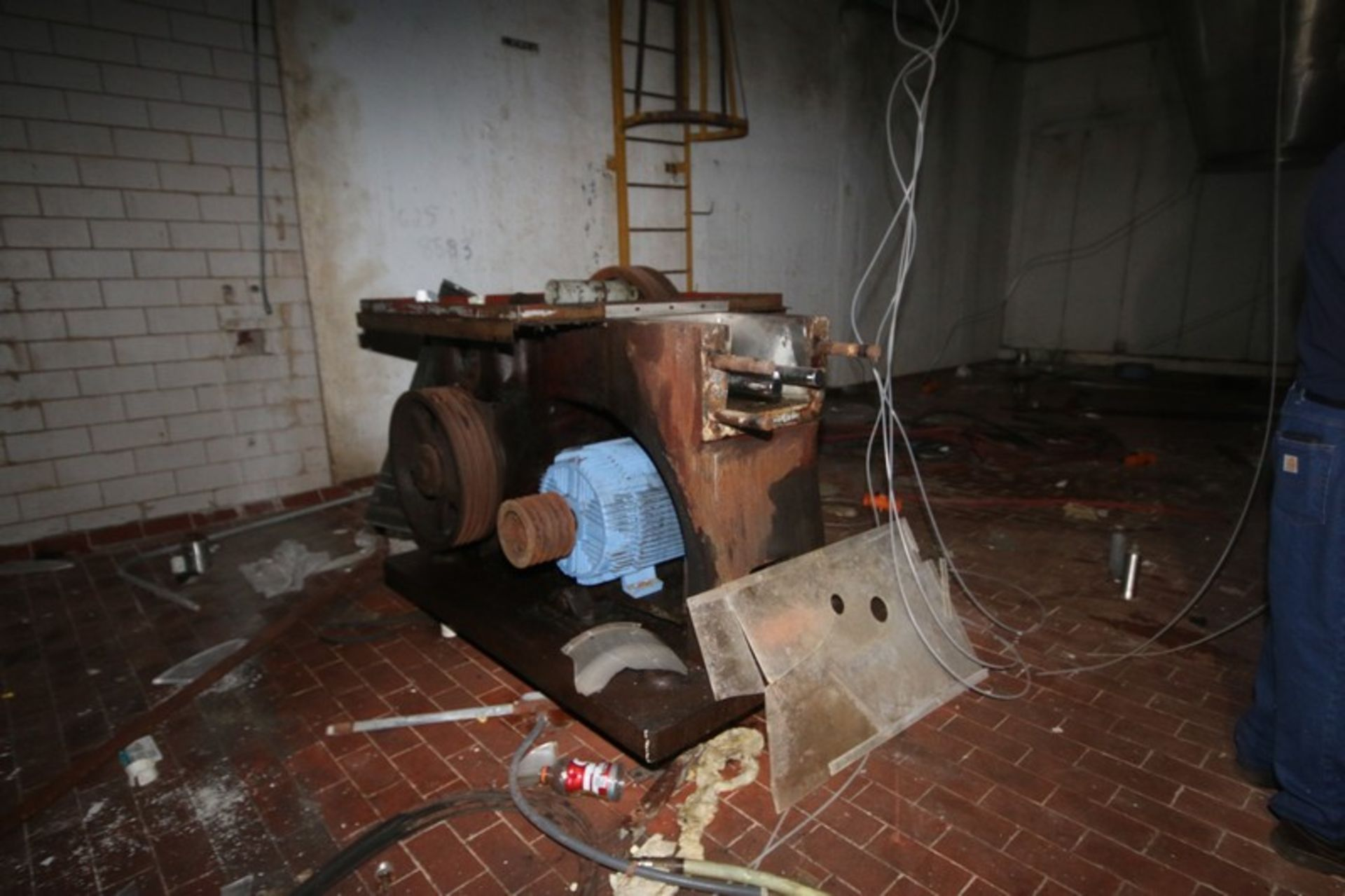 Gaulin Homogenizer, Type 10001CP185TBS, S/N 3797863 (NOTE: Parts Machine--See Photographs) (