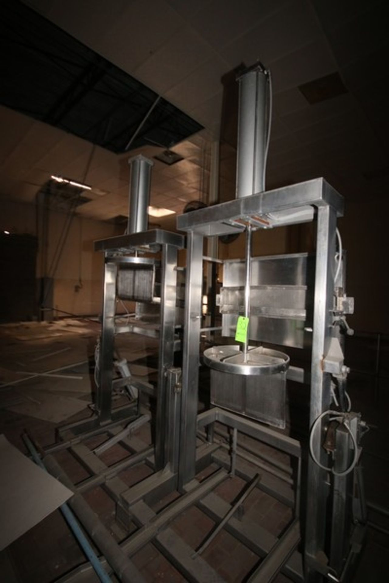Dual Air Operated Dewatering Cheese Press (LOCATED IN Muenster, TX) - Image 2 of 3