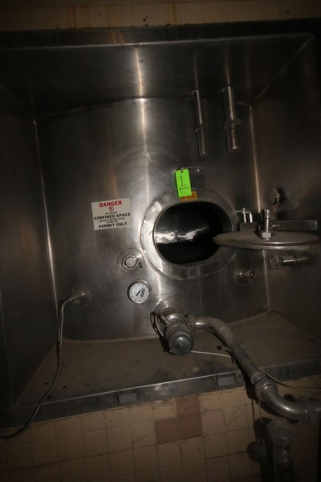 Mueller Aprox. 6,500 Gal. S/S Vertical Crystallizer, S/N 131825, Tank Dims.: Aprox. 9' Dia. x 14' - Image 7 of 12