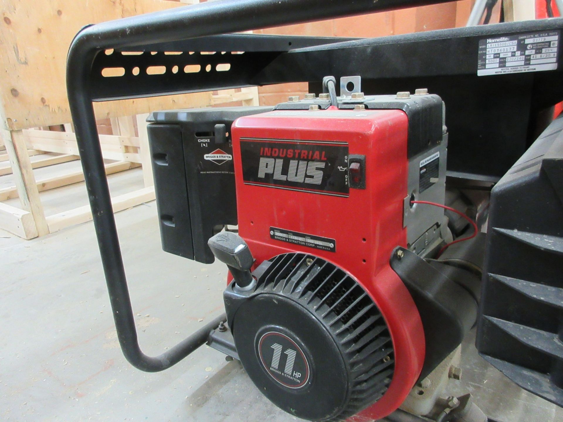 Lot 203 - HOMELITE LRIE 5500 generator, 11 HP, 5500 watts