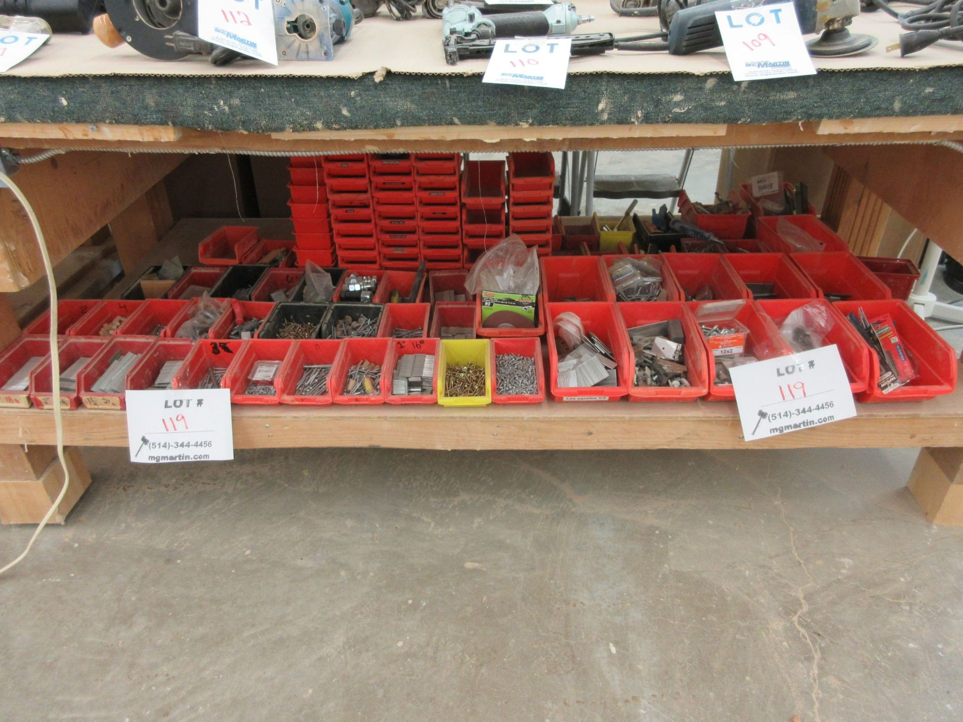 Lot 119 - LOT including assorted hardware, plastic trays, etc.