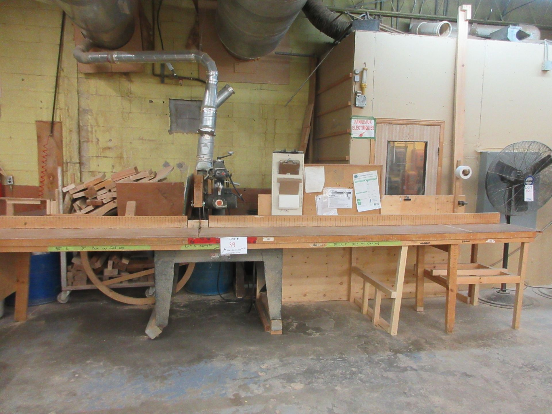 """DEWALT radial saw 16"""" Mod: 3526-02, 600 volts (SUBJECT TO BANK APPROVAL)"""