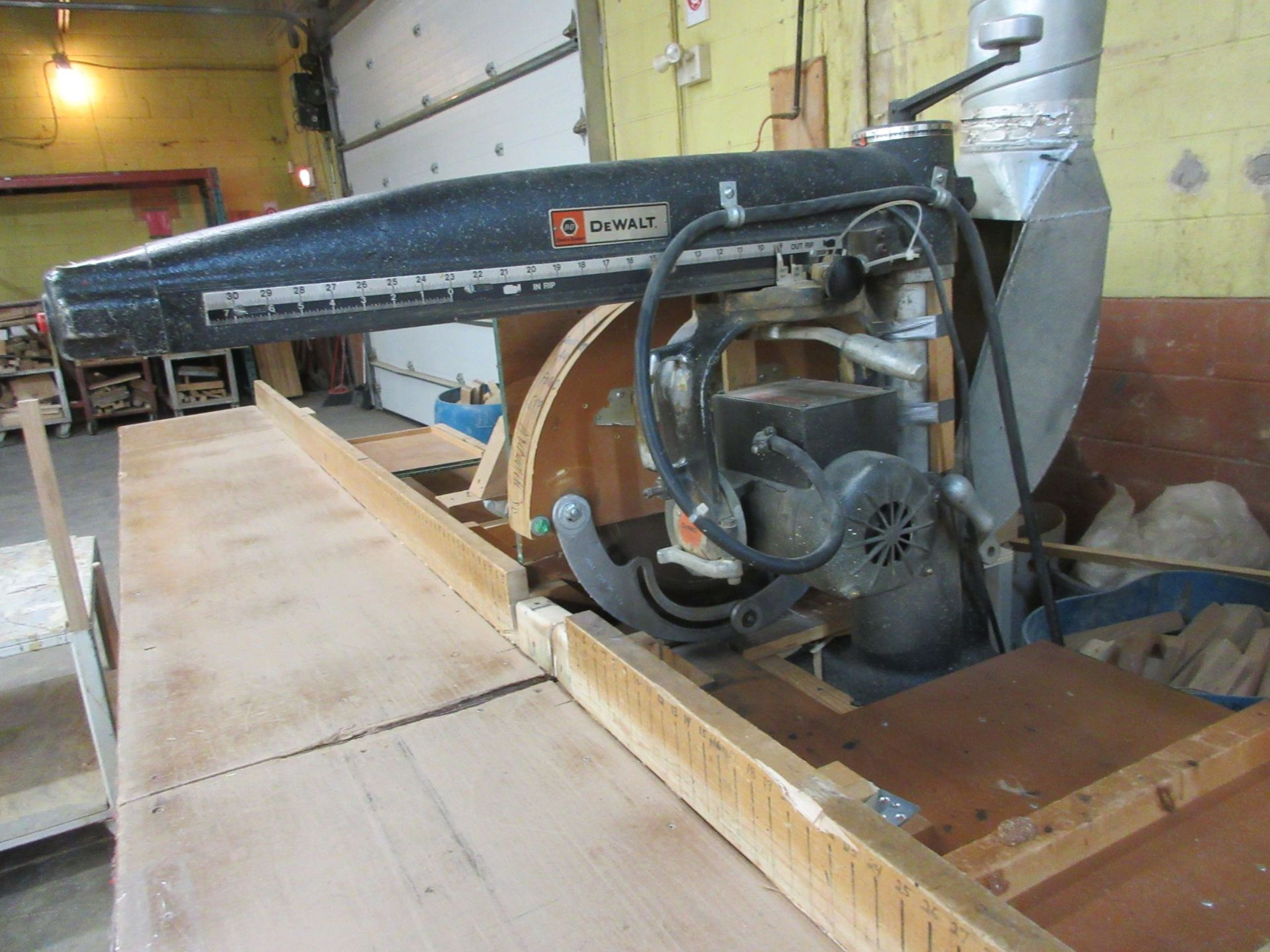 """DEWALT radial saw 16"""" Mod: 3526-02, 600 volts (SUBJECT TO BANK APPROVAL) - Image 3 of 3"""
