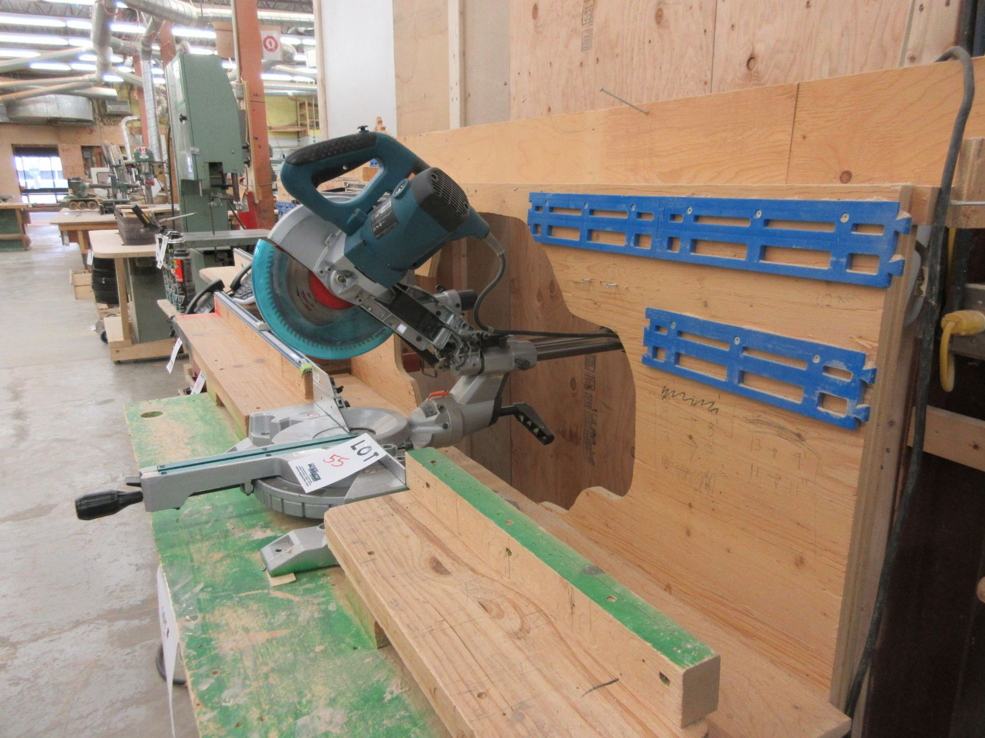 MAKITA miter saw, Mod: LS1018L c/w work table - Image 4 of 5