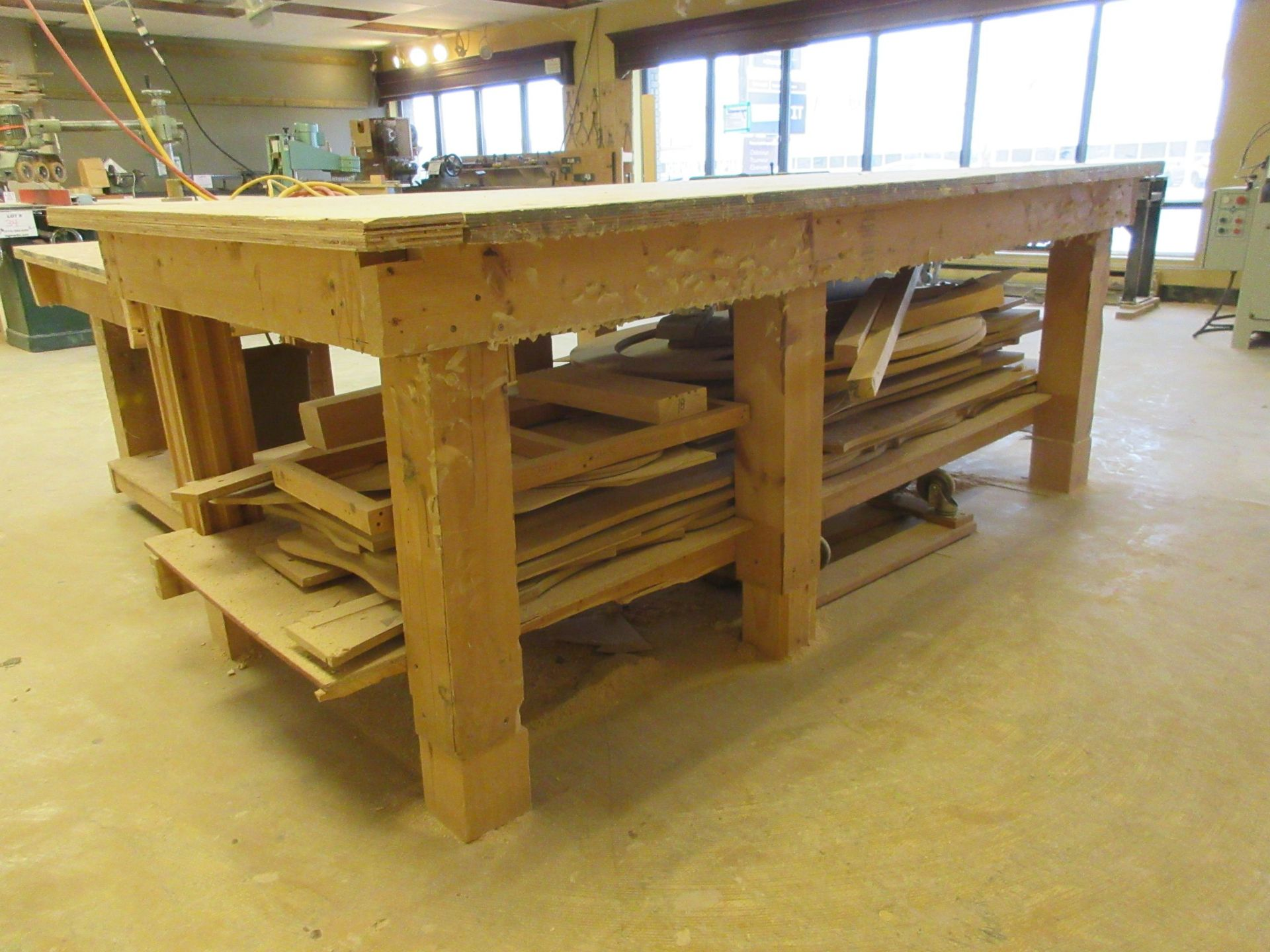LOT including 2 work tables aprox 4ft x 8ft - Image 5 of 6