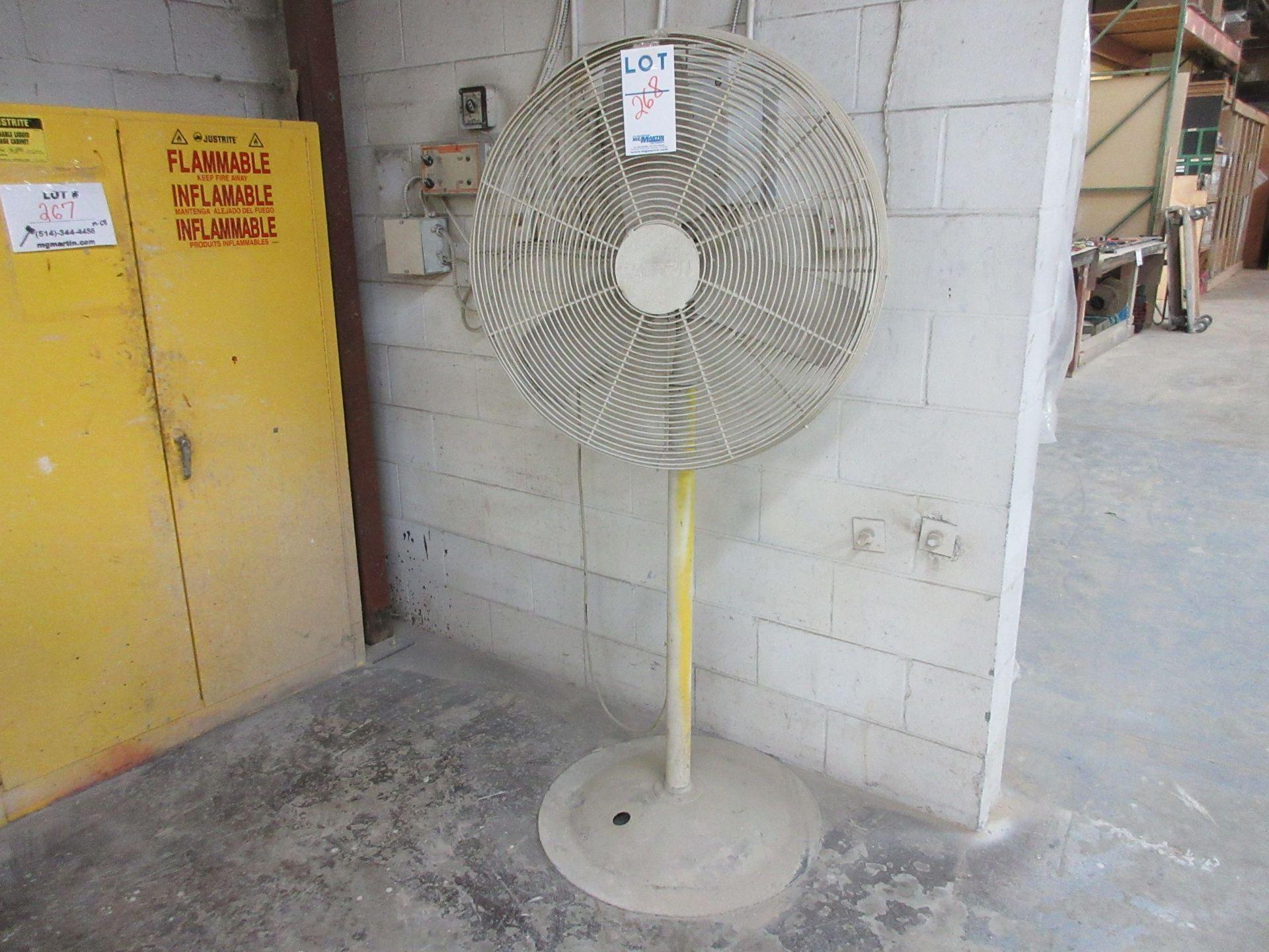 Lot 268 - Fan
