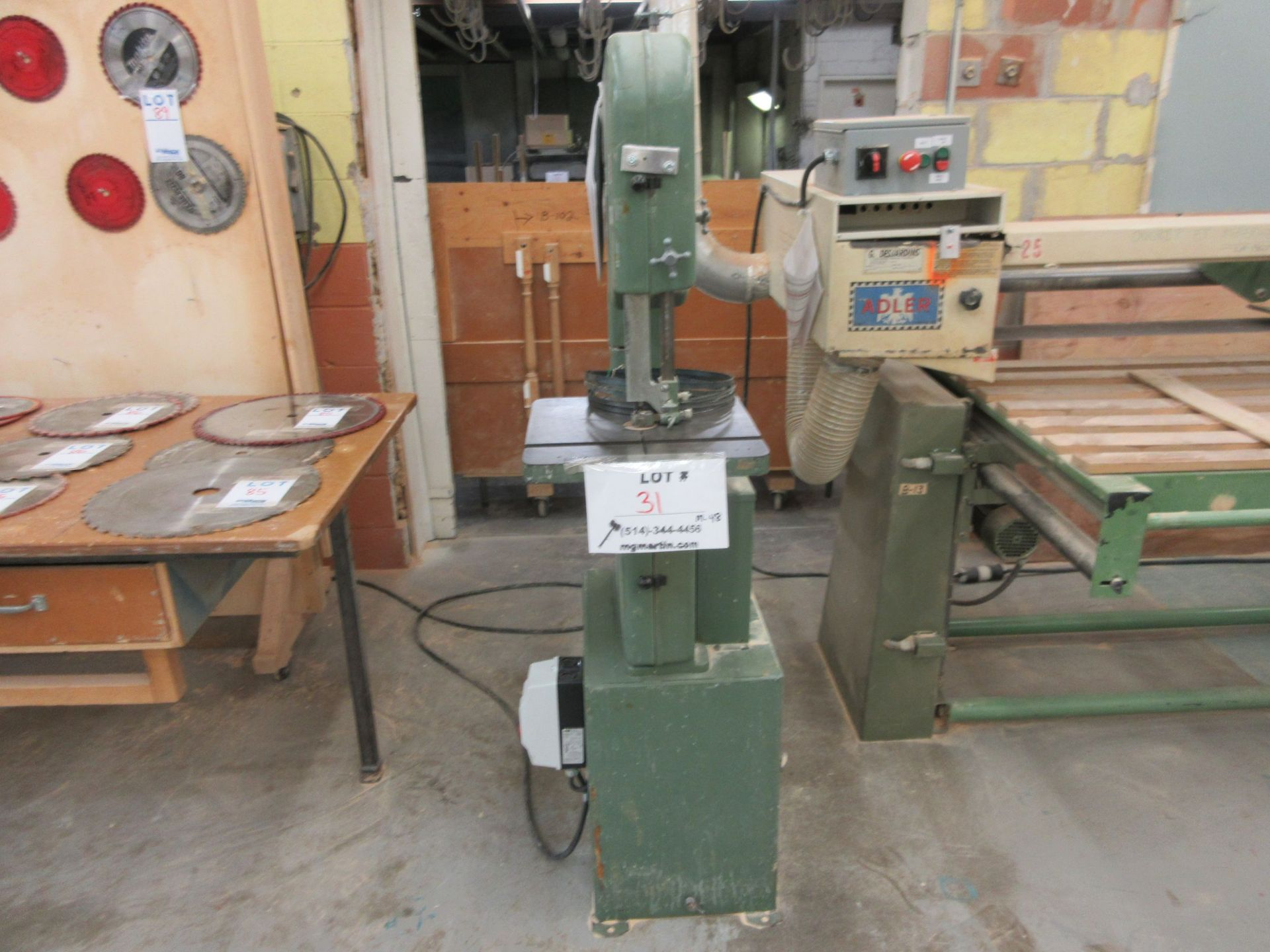 """GENERAL 14"""" band saw, Mod: 490, 220 volts"""