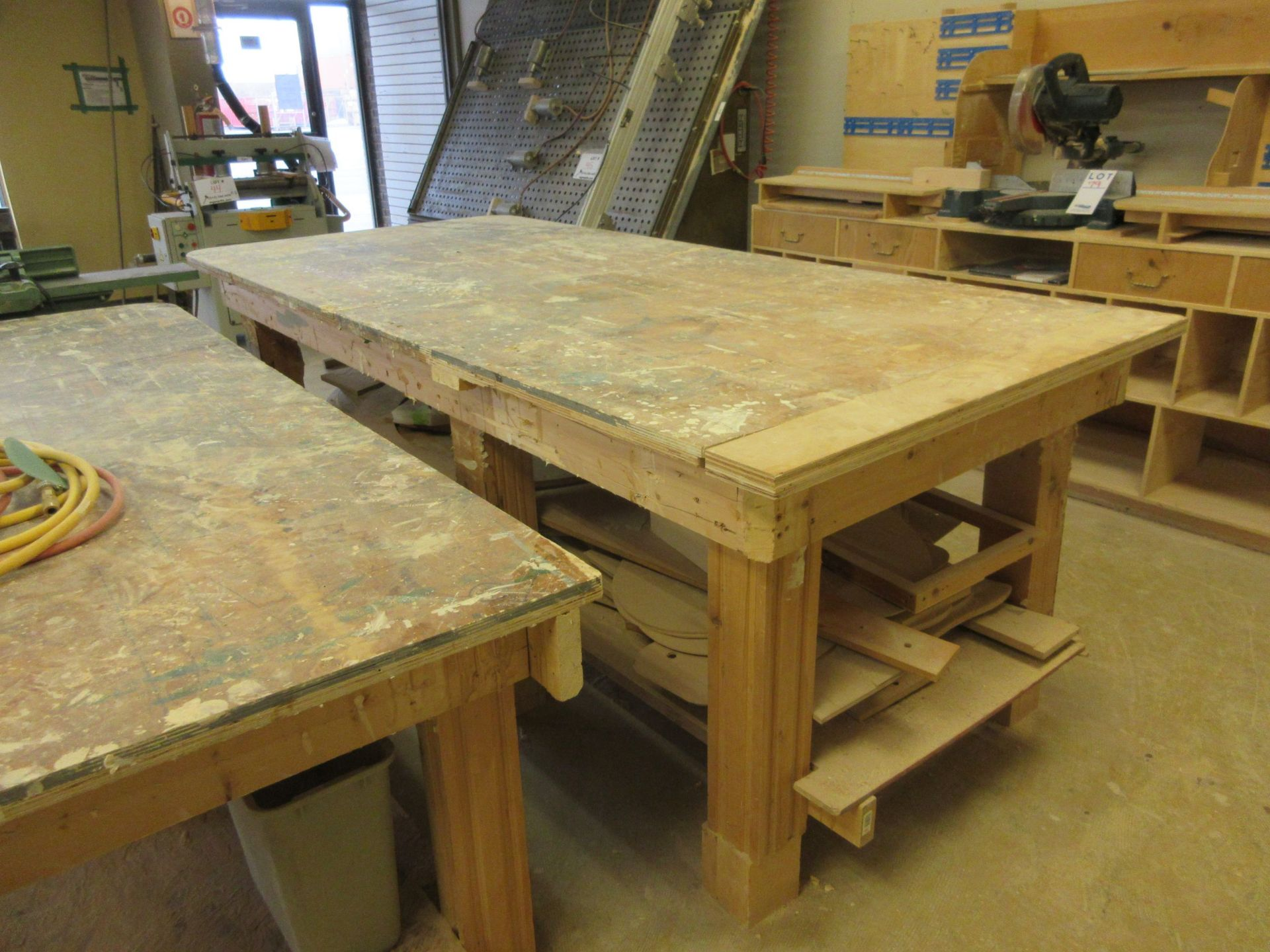 LOT including 2 work tables aprox 4ft x 8ft - Image 4 of 6