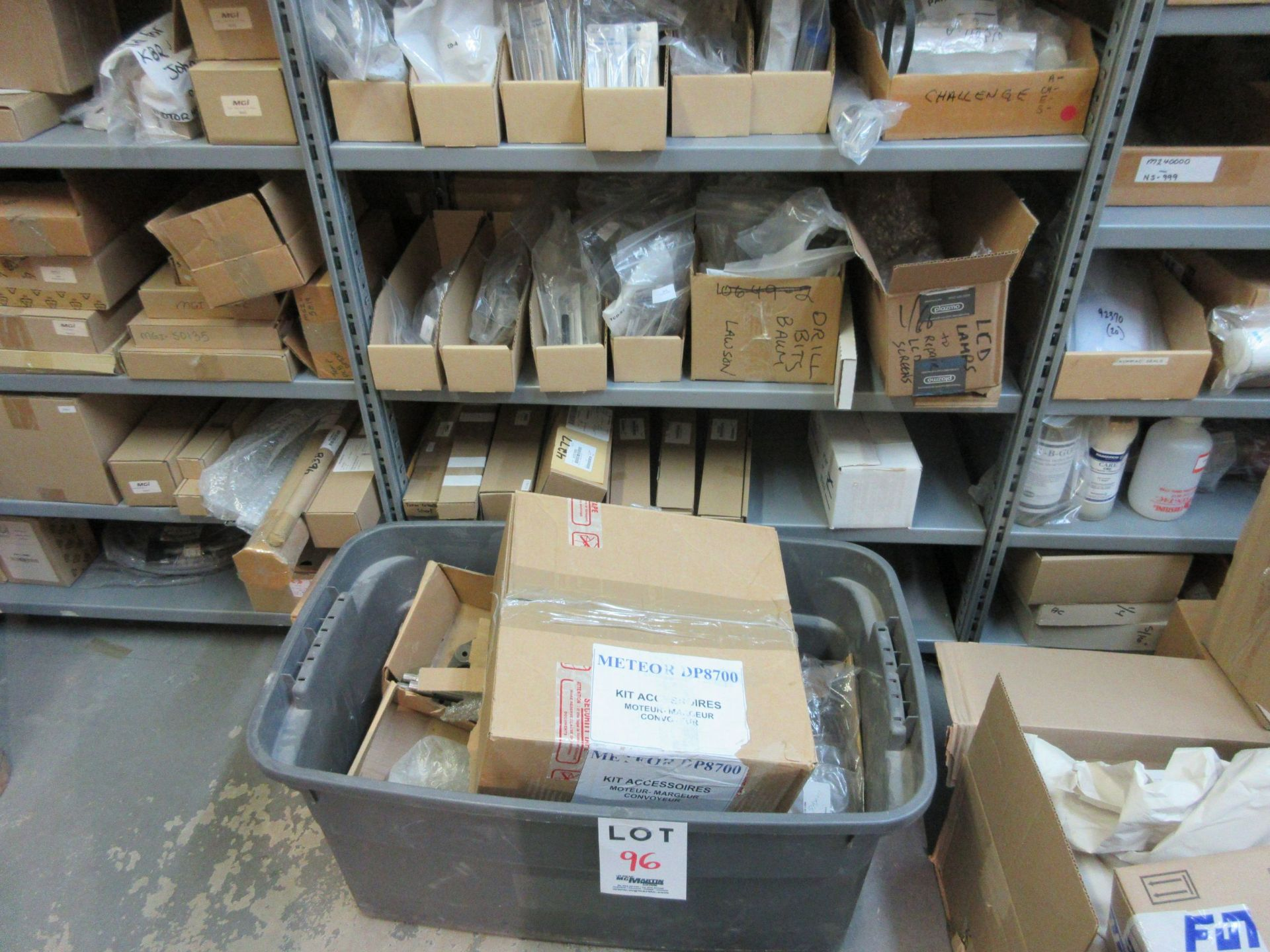LOT Including boxes of assorted consumable parts for CHALLENGE (paper drills, cutting sticks, wooden - Image 2 of 6