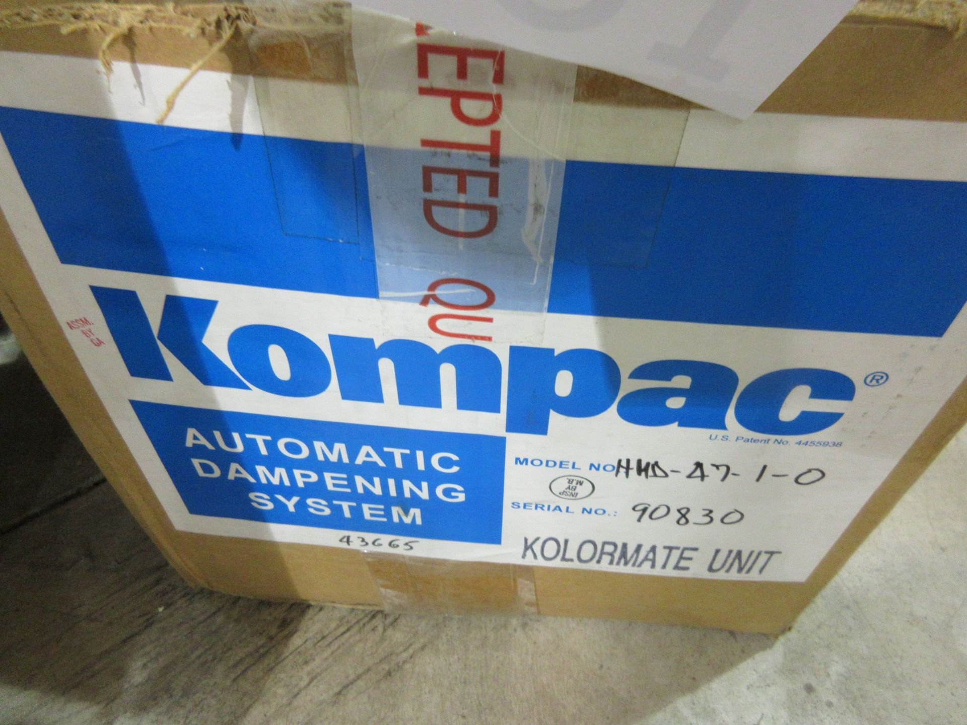 GRAPHIC WHIZARD auto creaser (mod: 335 A+)/KOMPAC automatic dampening system (mod: sp430) (AS IS) - Image 4 of 4