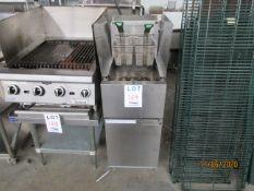 DEAN gas fryer w/ (2) baskets (mod: SR42GN)
