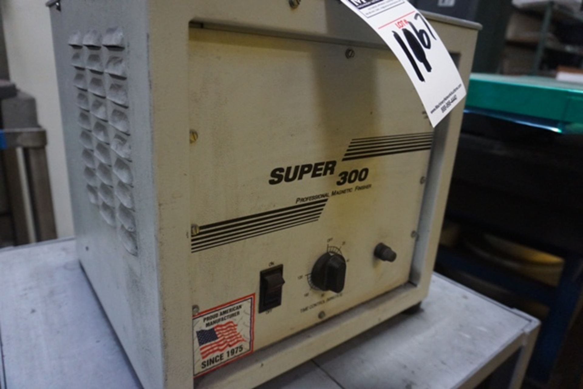 Lot 1167 - Arbe MGT-103 Super 300 Professional Magnetic Finisher