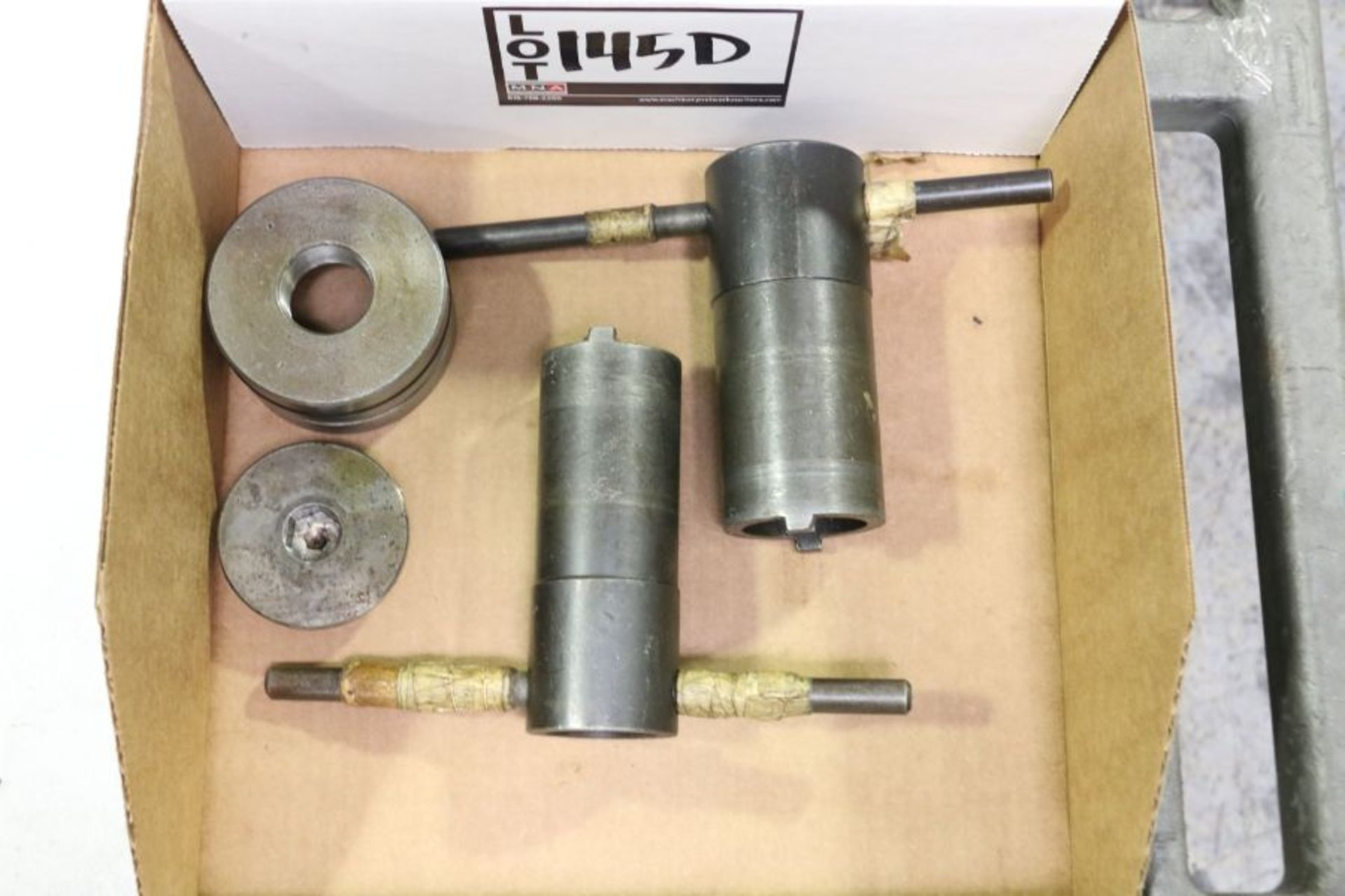 Lot 145d - Chuck Removal Tool for Okuma Crown 762S-SB
