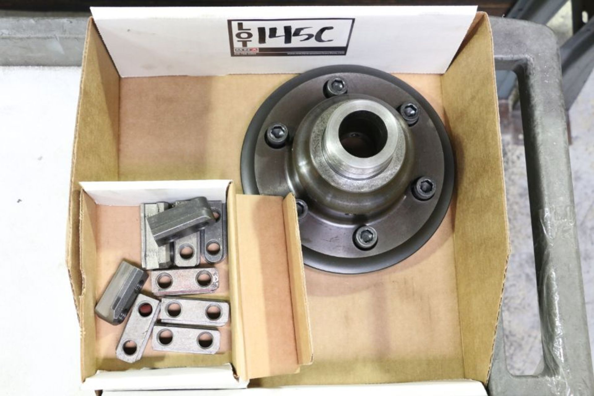 Lot 145c - Collet Nose for Okuma Crown 762S-SB and Assorted Jaws