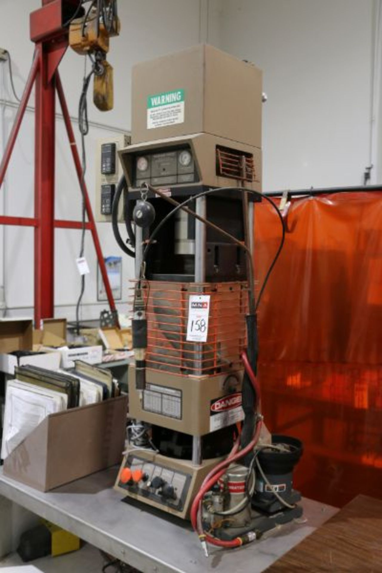 Morgan Press G-100T Vertical Plastic Injection Molding Press, New 2001 - Image 2 of 4