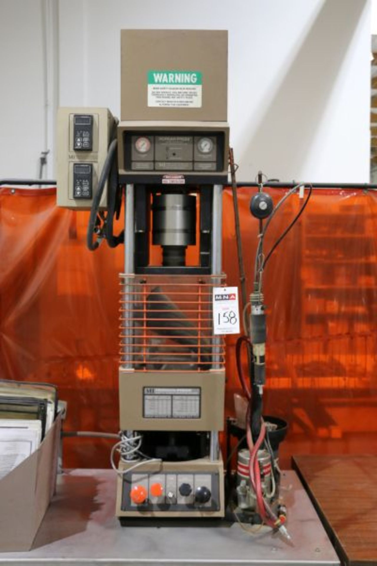 Morgan Press G-100T Vertical Plastic Injection Molding Press, New 2001