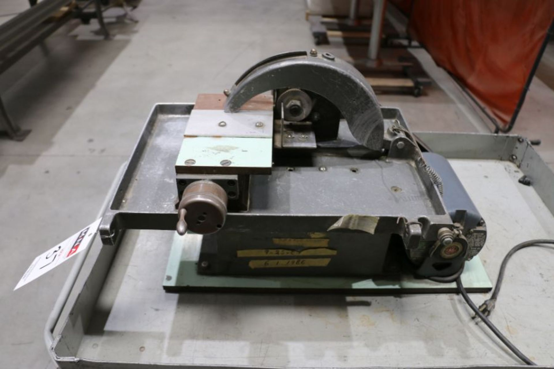 Table Saw - Image 2 of 3