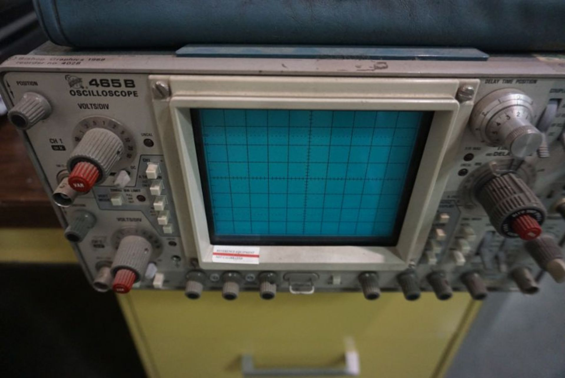 Tektronix 465B Oscilloscope - Image 2 of 2