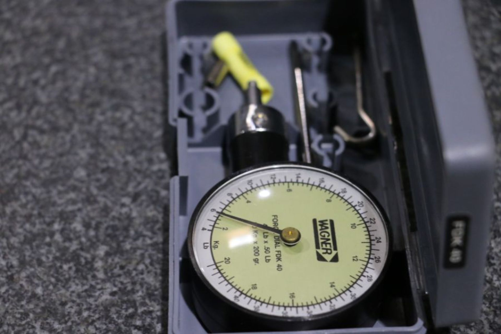 Wagner Instruments FDK-40 Push/Pull Force Gage - Image 2 of 3