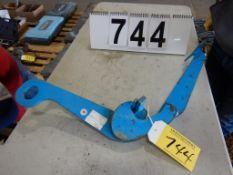 Lot 744 Image