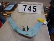 Lot 745 Image