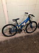 DIADORA BLUE SIZE 20 inches MTN Speed 18 Tag # 56