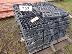 Lot 703 Image