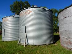 BUTLER 3050 BU +- CORRIGATED STEEL GRAIN BIN W/WOOD FLOOR, DAMAGE TO ROOF EDGE, LOCATED @39427 RNG