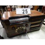 VINTAGE ROGERS TABLE TOP CABINET TUBE RADIO SER. # 7785BROADCAST, POLICE, SHORTWAVE