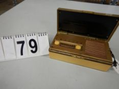 VINTAGE EMERSON AC/DC RADIO IN CASE,