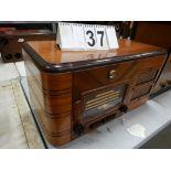 VINTAGE 1930'S GE TABLE TOP WOOD CABINET RADIO MODEL G 71 SERIAL # 411