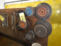 L/O ASSORTED GRINDING & ZIP DISCS, WIRE WHEEL, ETC