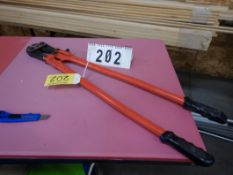 "36"" BOLT CUTTER W/CRIMPING NOTCH"