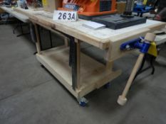 8FT WOOD WORKERS TABLE W/WOOD CLAMPING VISE, CASTORS
