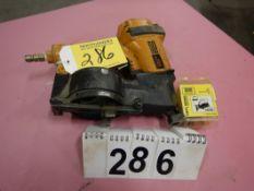 STANLEY BOSTICH RIDGE RUNNER COIL NAILER W/VINYL SIDING ADAPTER KIT