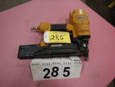 "STANLEY BOSTITCH T55S4 16 GUAGE X 1/2"" CROWN X 3/8"" AIR STAPLER"