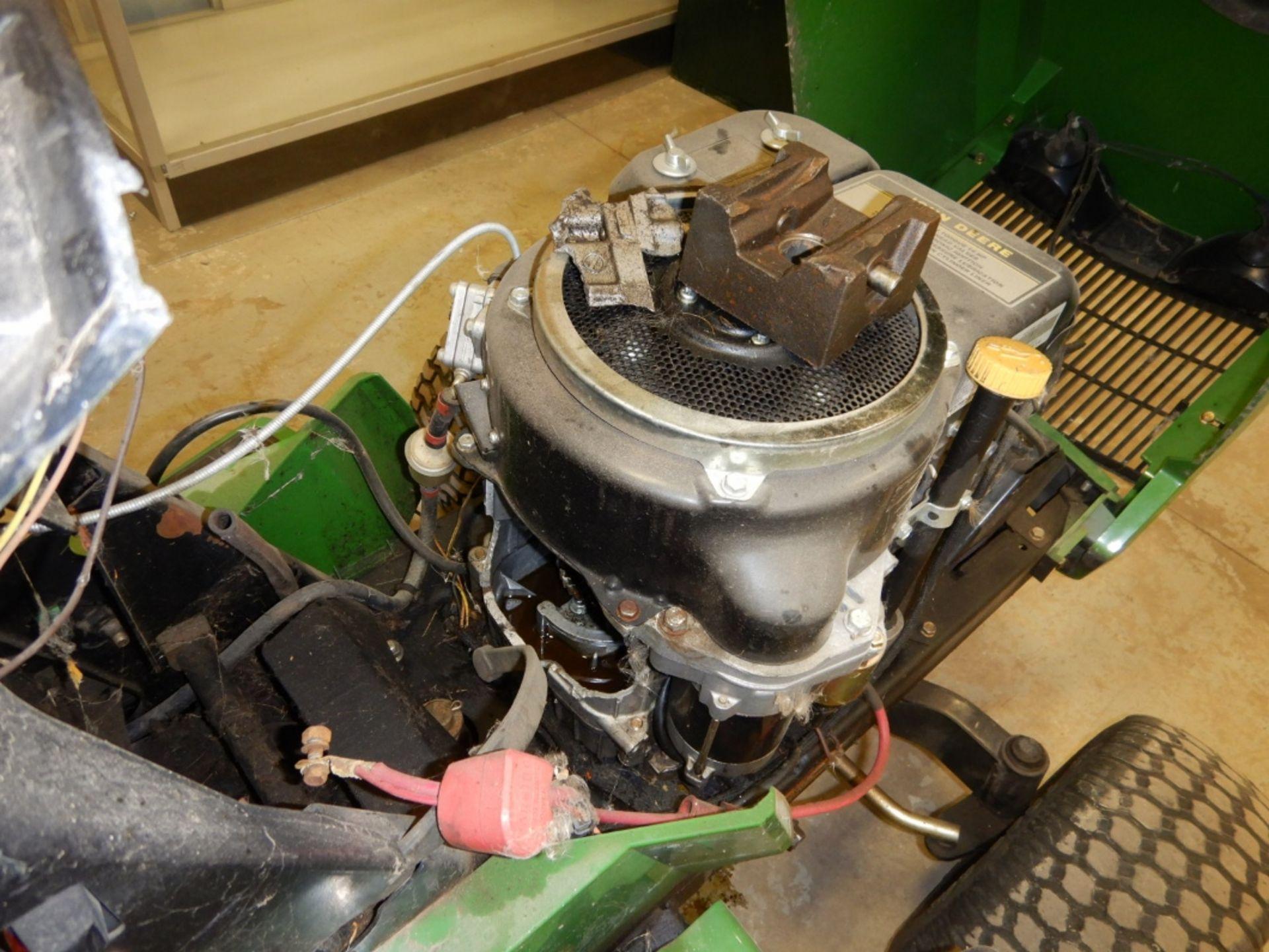 "JOHN DEERE LX136 LAWN TRACTOR W/ 38"" MULCHING DECK - INOPERABLE - HOLE IN ENGINE BLOCK - Image 4 of 4"